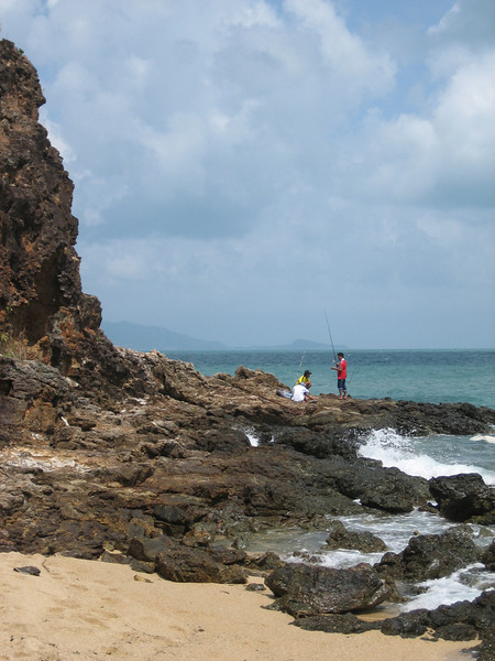 Fishing on Mae Nam beach
