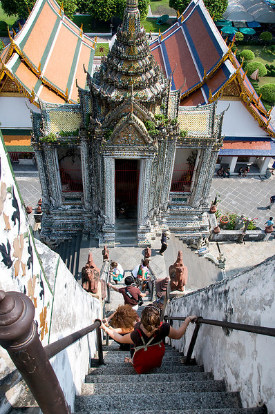 The stairs down from Wat Arun.