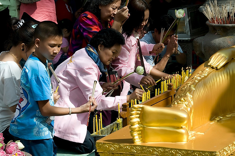 Worshipers at Wat Phrathat Doi Suthep