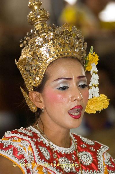 Lakhon Chatri Dancer Chanting at Wat Sothon, Chachoengsao Thailand