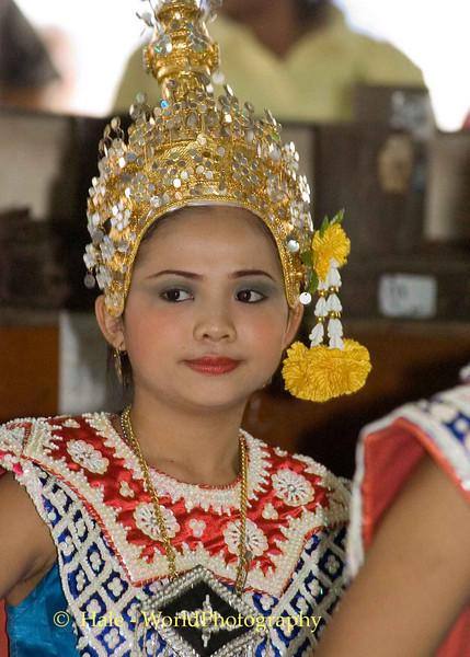 Lakhon Chatri Dancer at Wat Sothon, Chachoengsao Thailand