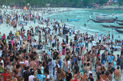 The Full Moon Party! This was at 7am in the morning. This thing started at 5pm the night before!