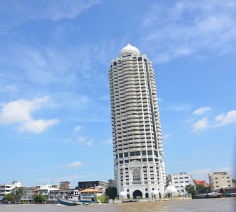 Chao Phraya River trip to Wat Arun Bangkok