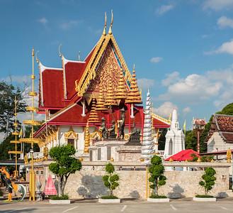 Wat Phutthai Sawan