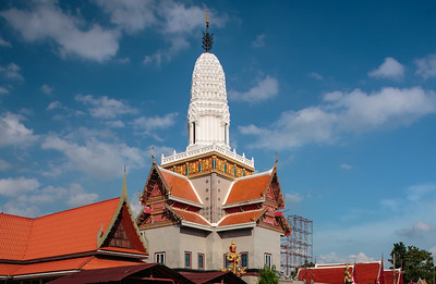 Wat Phutthai Sawanrr