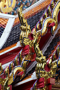 Wat Pho - Roof Decorations