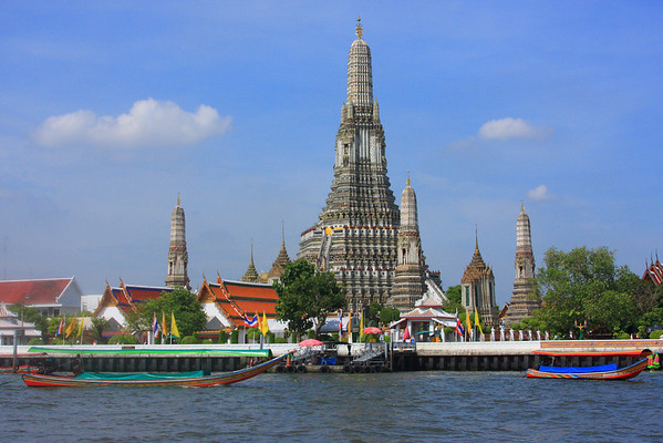 Wat Arun - Construction of this temple on began in 1809 by King Rama II