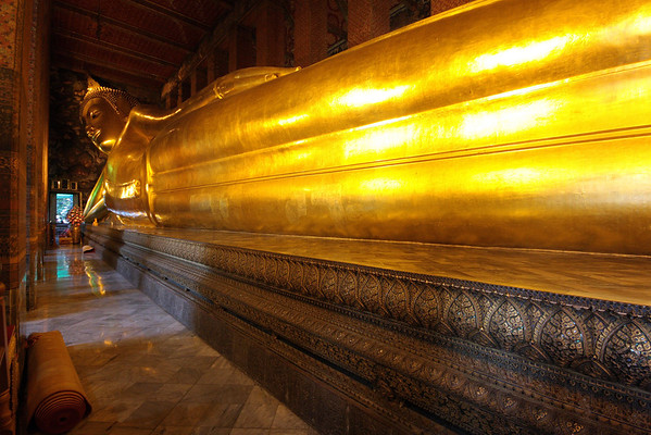 150 foot long reclining Buddha inside Wat Pho
