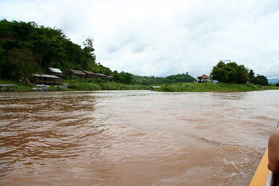 Day trip to Chiang Rai and Golden Triangle Mekong River