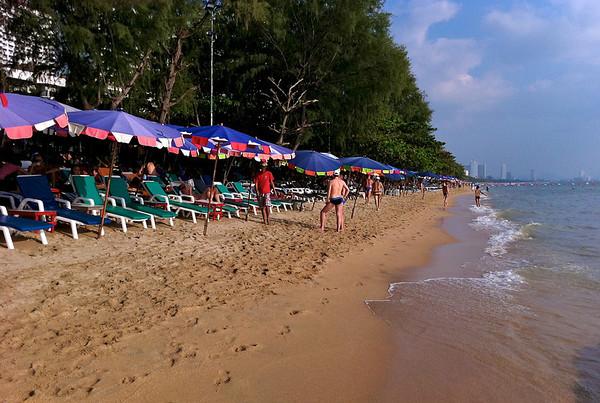 Rit Beach Service på Dong Tan Beach i Jomtien