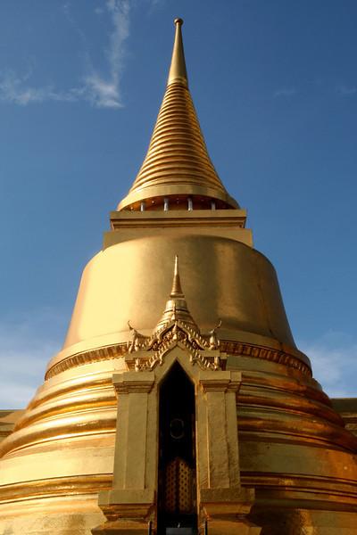 Golden stupa, Wat Phra Kaew, Bangkok.