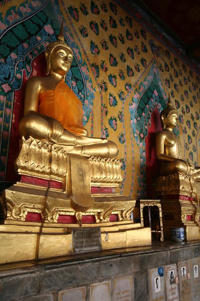 Buddha figures, Wat Arun, Bangkok.