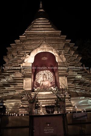 Buddhist shrine finished golden