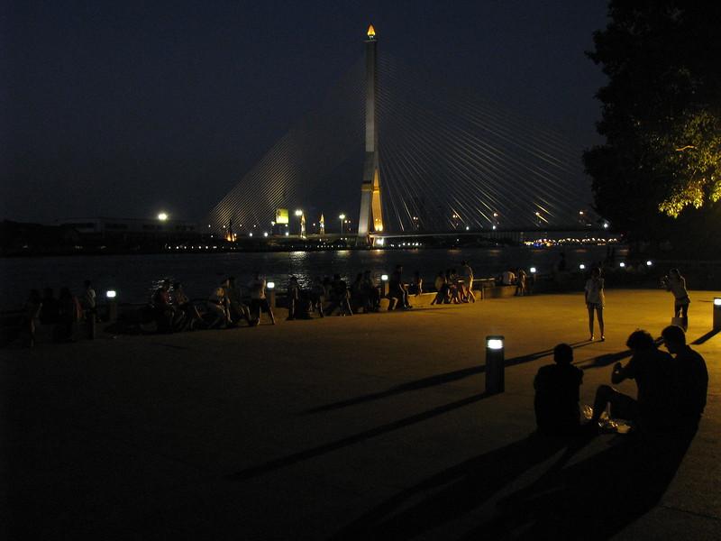 The Chao Praya river at the park on Thanon Pra Ahtit - Banglampoo.