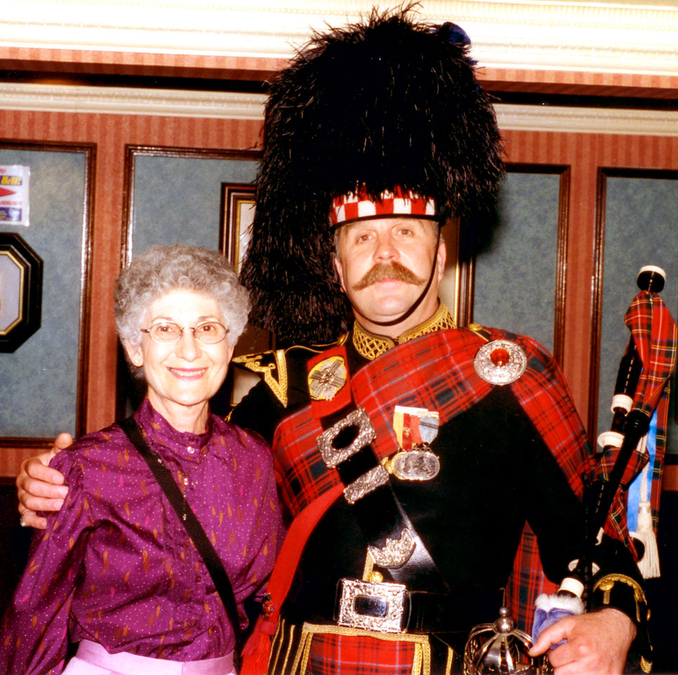 1997-07-24 At Hotel Stakis, Edinburgh, we were met by a bagpiper who played for us.