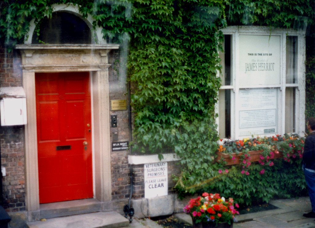 """1997-07-31 The home and surgery of the real James Herriot (The TV show """"All Creatures Great and Small"""")."""