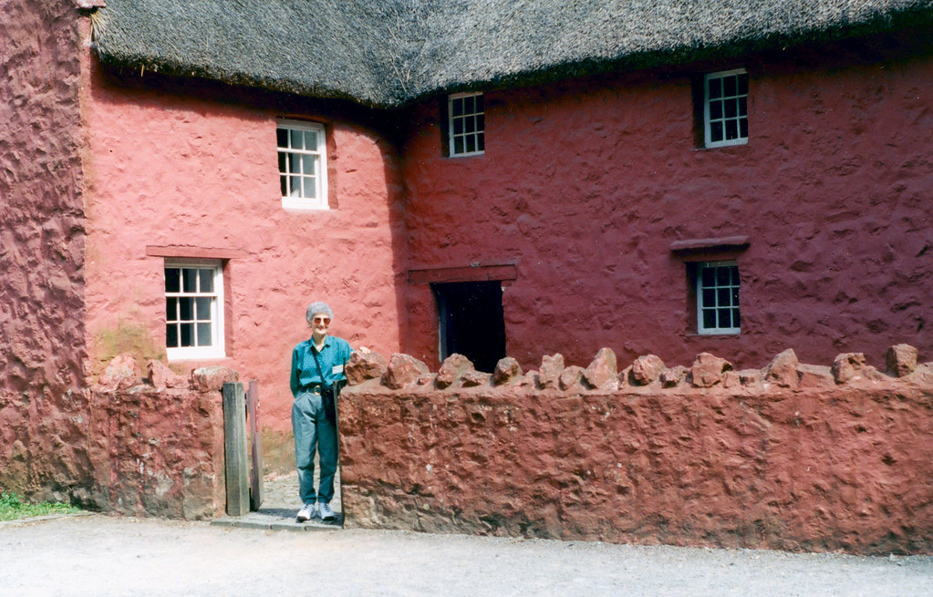 1997-07-20 Welsh Folk Museum: a 16th century home