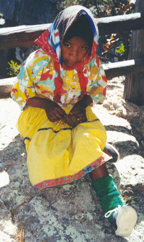 1999-02-20 13 Another little Tarahumara Indian girl.