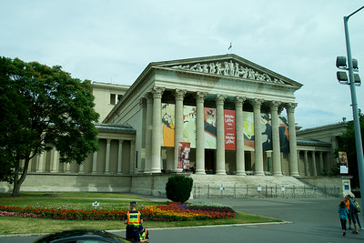 Museum of Fine Arts on Heroes Square in Budapest, built by the plans of Albert Schickedanz and Fülöp Herzog in an eclectic-neoclassical style, between 1900 and 1906.