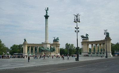 Hero's Square and Millennial Column, Budapest