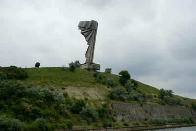 Communist memorial to the workers of the Danube River canal