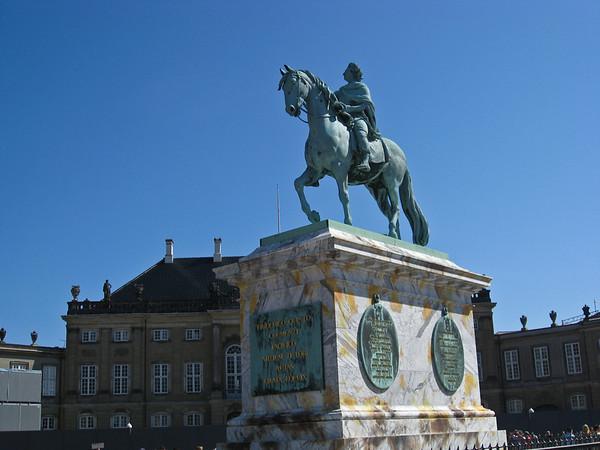 Equestrian statue of Frederik V