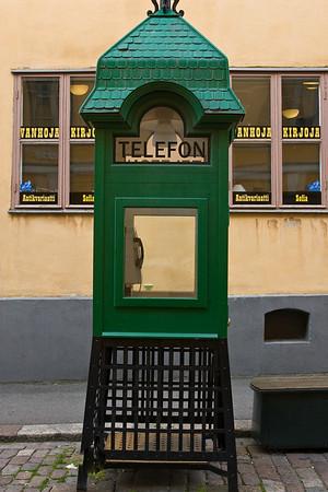 Helsinki telephone booth