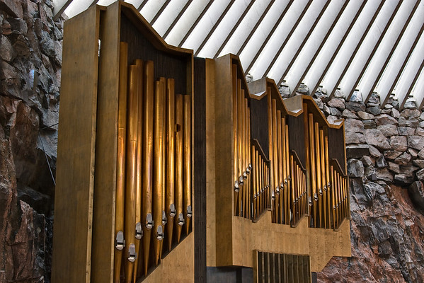 Organ and interior of Temppeliaukio Church