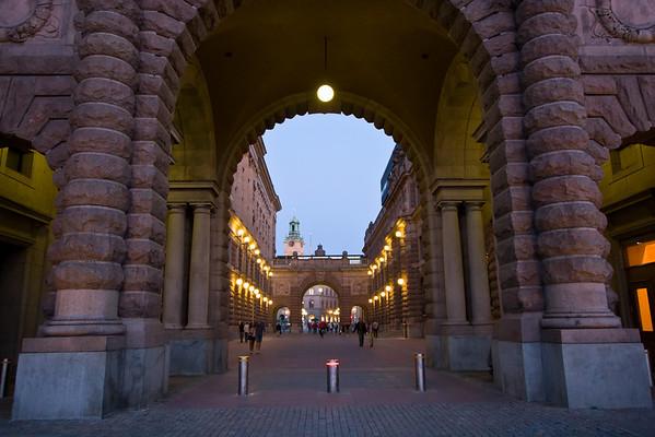 Royal Palace Riksgatan walkway; connection to Old Town