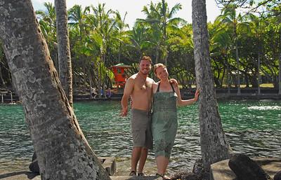 Jared + Sarah post swim at Ahalanui pools