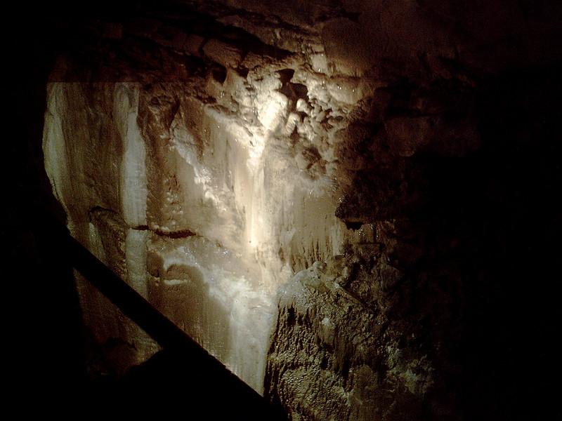 Ailwee Caves limestone