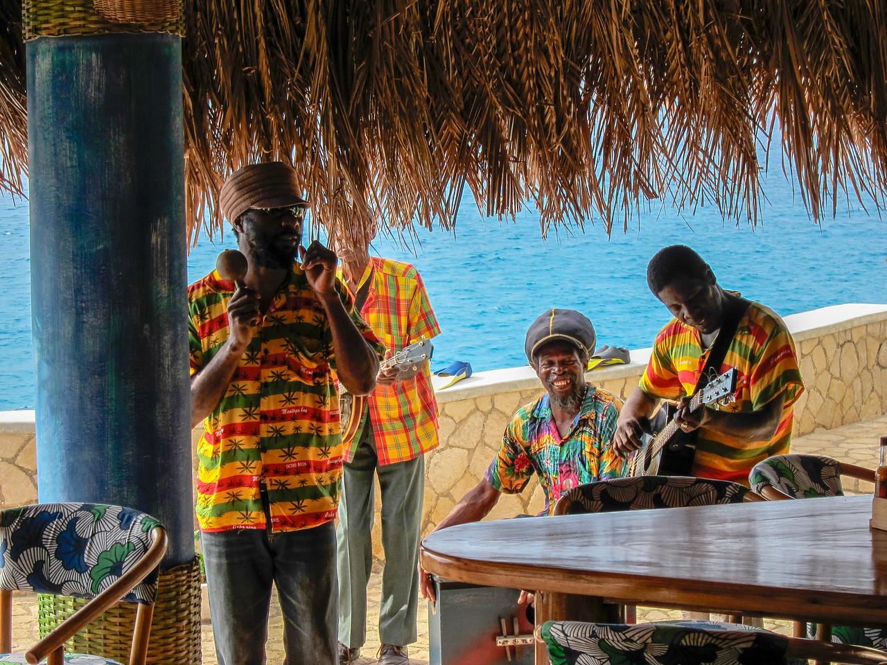 Sunshine Mento Band at Christmas