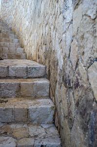 Stairway to the sea below Sundancer