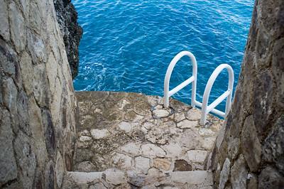 Ladder to the sea below Sundancer
