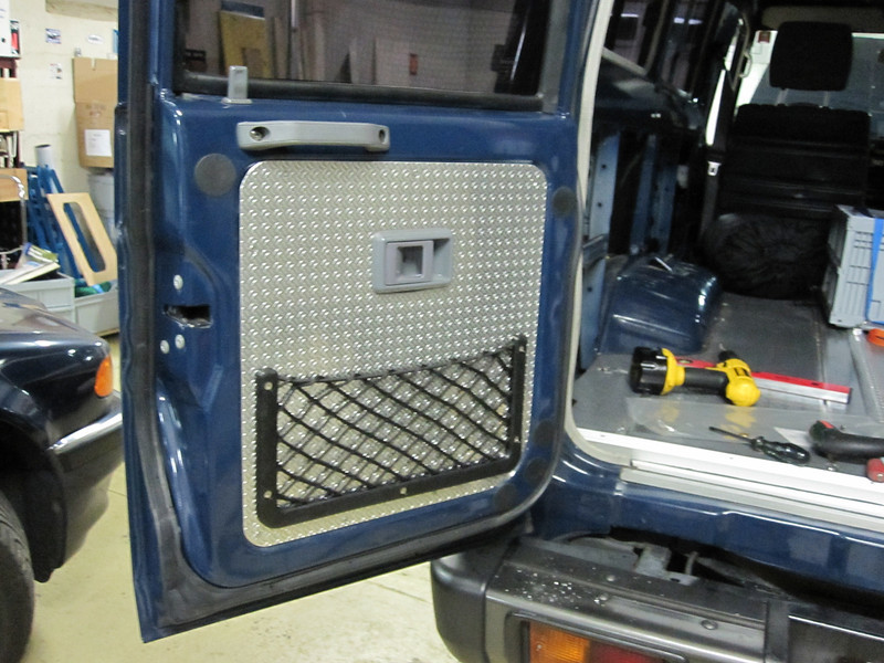 Rear door storage net.