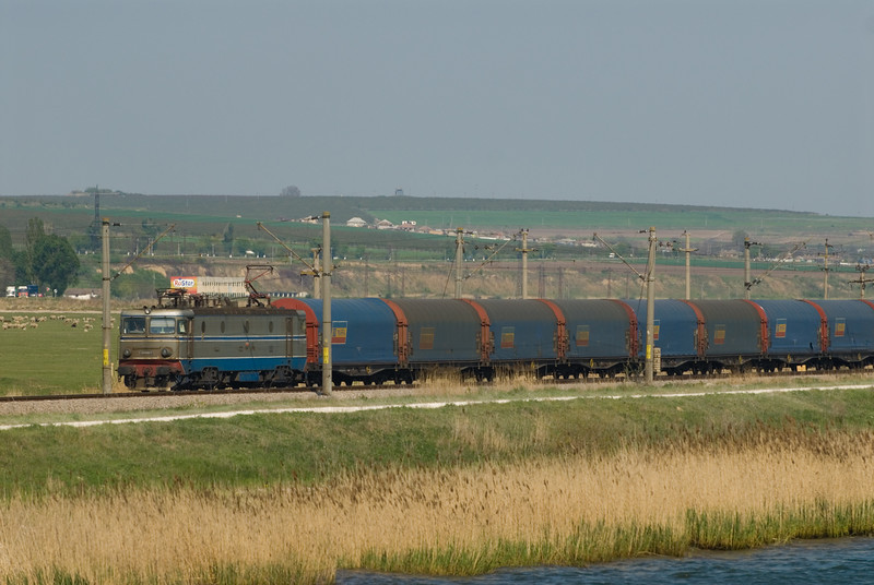 A Romanian Freight runs on the line paralell to the Danube - Black Sea Canal.