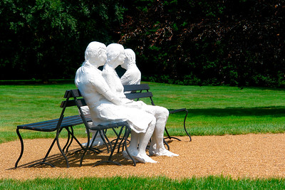 George Segal sculpture Three People on Four Benches