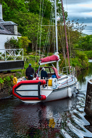Passing the retracted bridge, Crinan Canal.