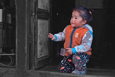 A cute little Nepali kid at Pangboche.