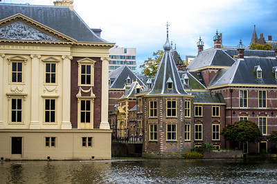 Mauritshuis Royal Museum on Canal in Den Haag