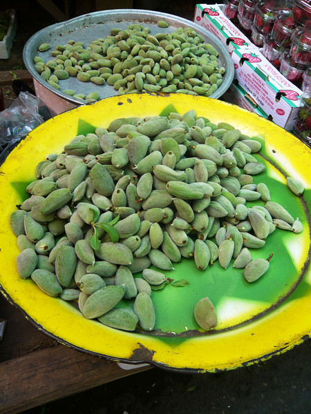 This was the first time I had ever seen green almonds! Did you know that all almonds start off green? Green almonds are available for an 8 week period in the early growing season from April to mid June. And due to their short life span, green almonds have always been considered a rare delicacy.