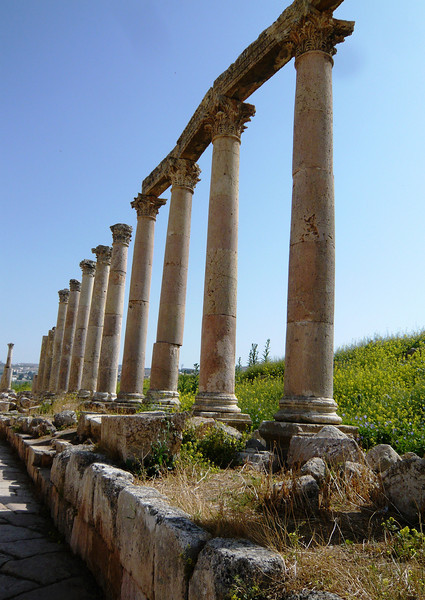 This is part of the main street of the city which was originally flanked by 260 columns on either side.