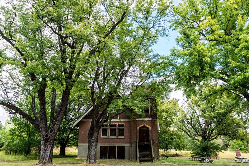 Elberton, Washington School House ~ The Palouse ~ August 2016-03694