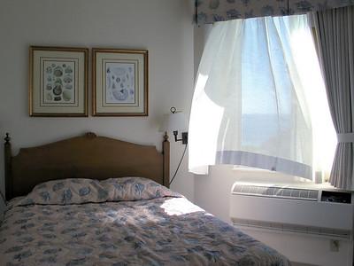 140 - room 9-304 2nd bedroom