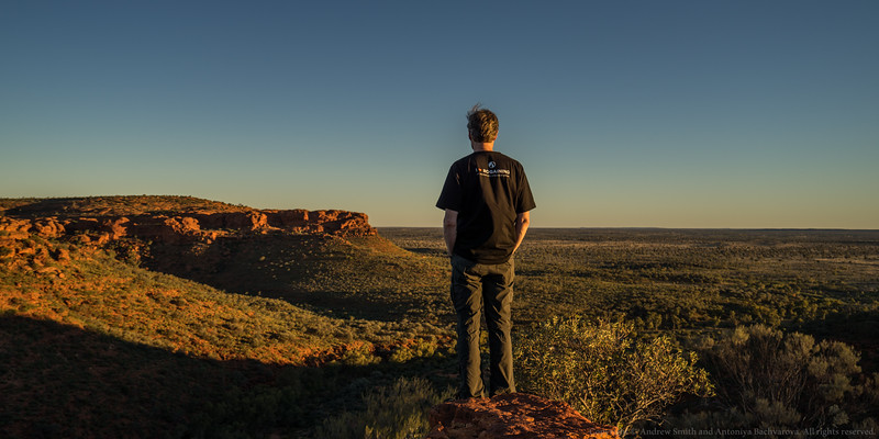 Looking over the escarpment at Kings Canyon.