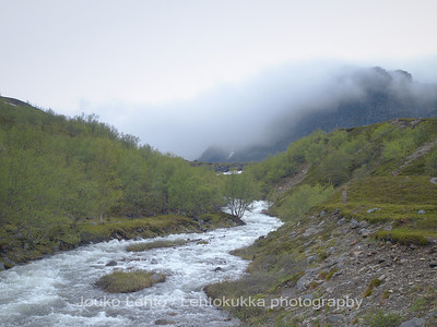 The stream by the road (and clouds falling from the mountains)