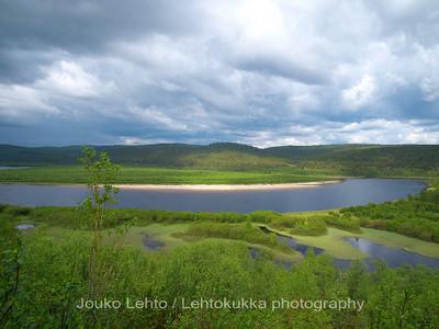 Teno river - Tanaelva. A view to Finland.