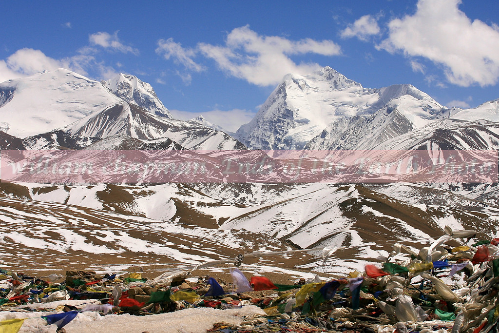 Himalaya and prayer flags on route to Nepal border