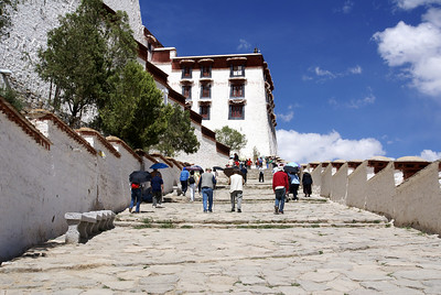 There are 354 steps to the entrance at an altitude of 12,500 feet.