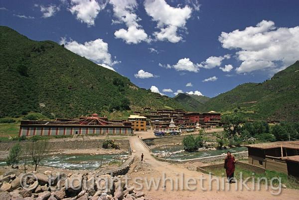 Tibet 2006 Chamdo to Degre monastery Aug 6